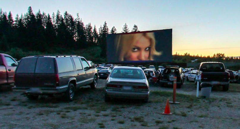 Visit these canadian drive in theatres while you still can for Drive in movie theaters still open