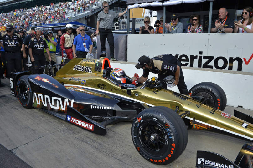 Hinchcliffe on Indy pole