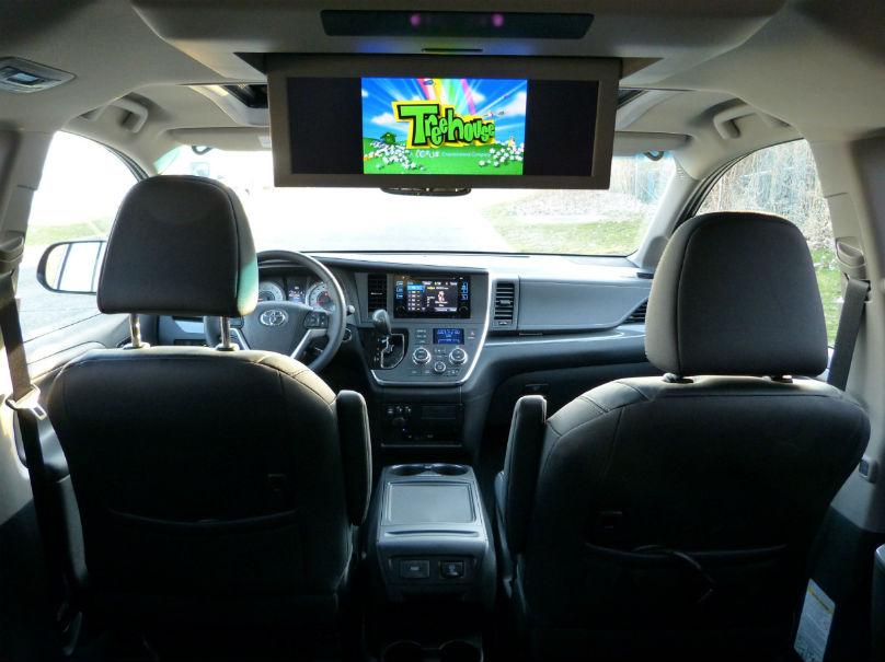 Best Used Minivan >> Road Trip: Toyota Sienna not a van to strike out – WHEELS.ca