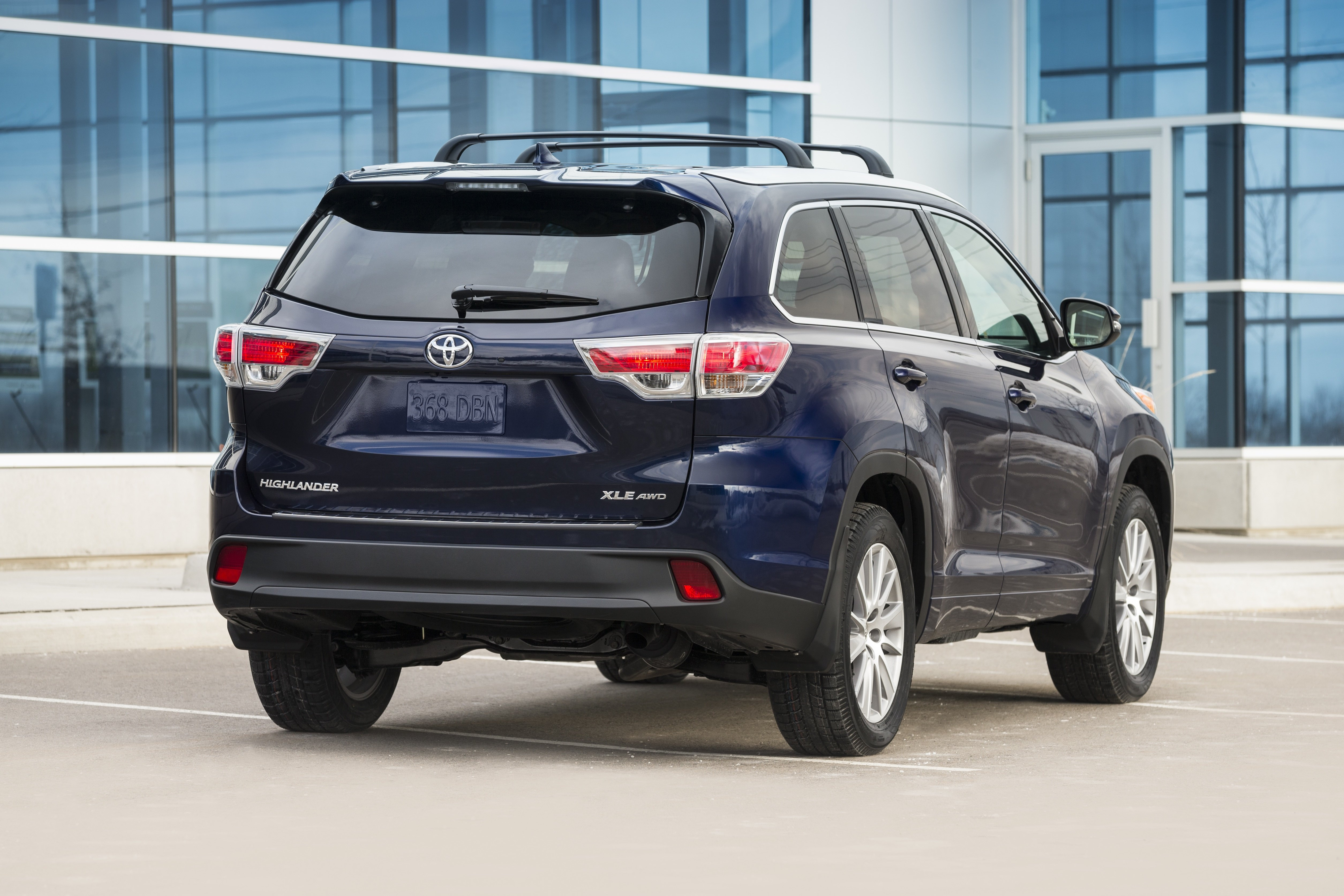 2015 Toyota Highlander Review Wheels Ca