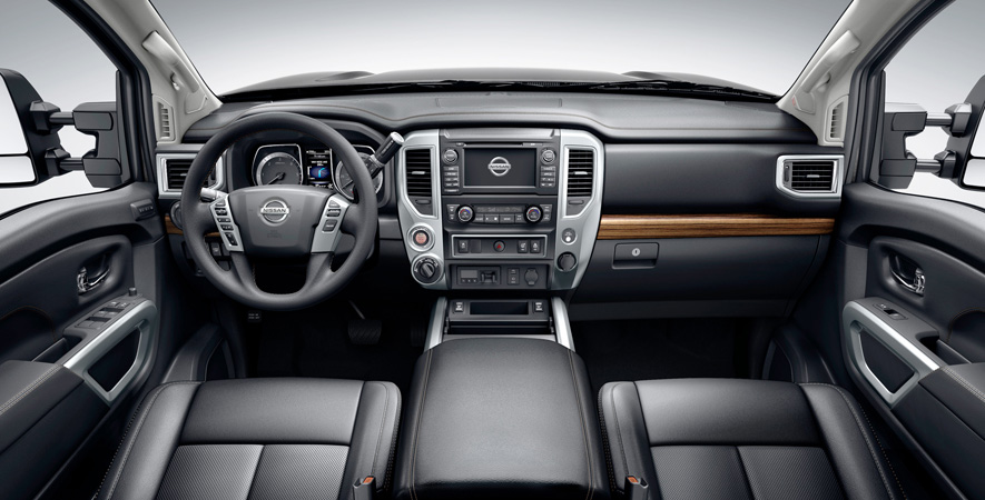 2016 nissan titan xd first look. Black Bedroom Furniture Sets. Home Design Ideas