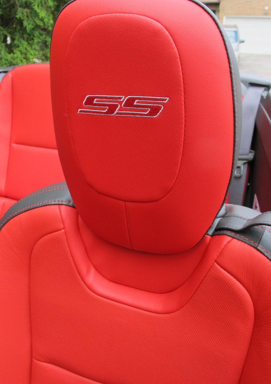 2015 Chevrolet Camaro seat