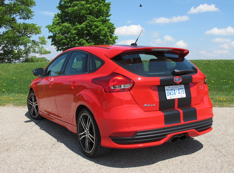 2015 Ford Focus St Review Wheels Ca