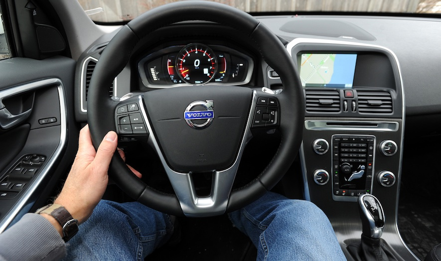 The 2015 Volvo Xc60 A Two Model Comparison Wheels Ca