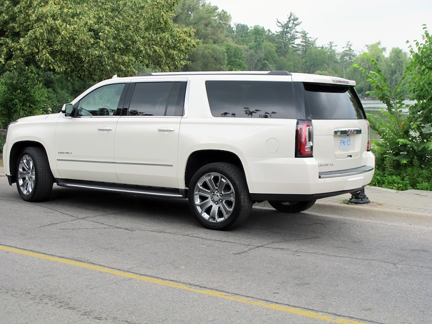2017 gmc yukon denali owners manual