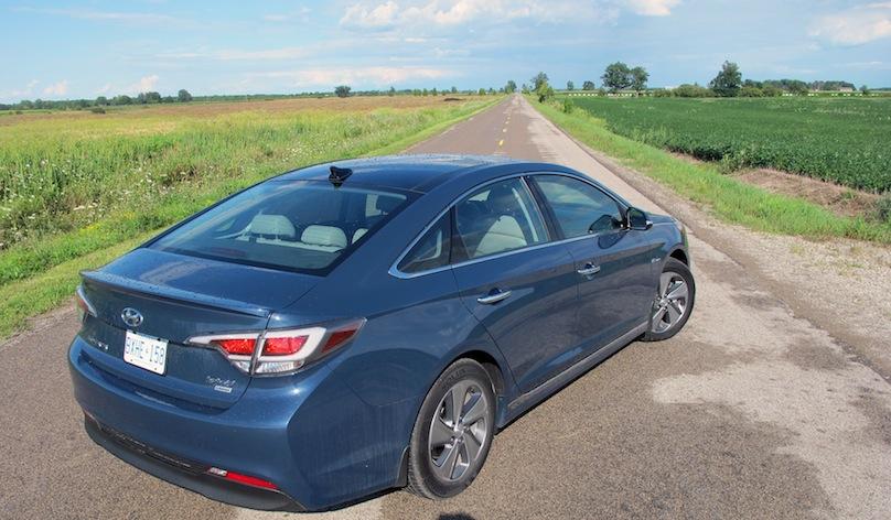 2016 Hyundai Sonata hybrid rear