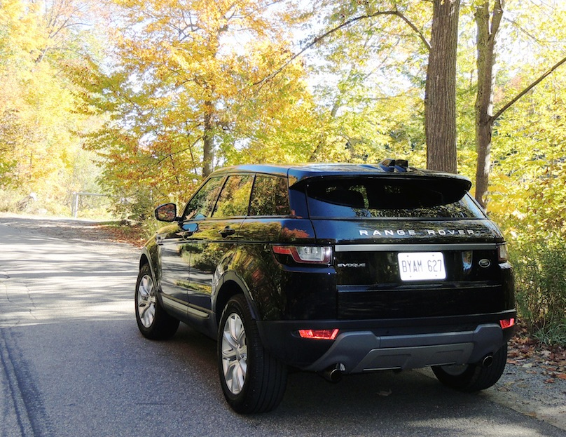 2016 range rover evoque hse review. Black Bedroom Furniture Sets. Home Design Ideas