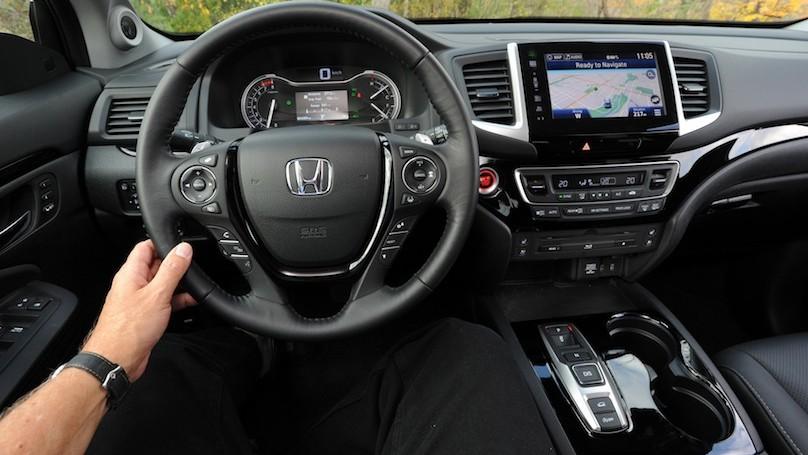 2016 Honda Pilot Touring AWD Review - WHEELS.ca