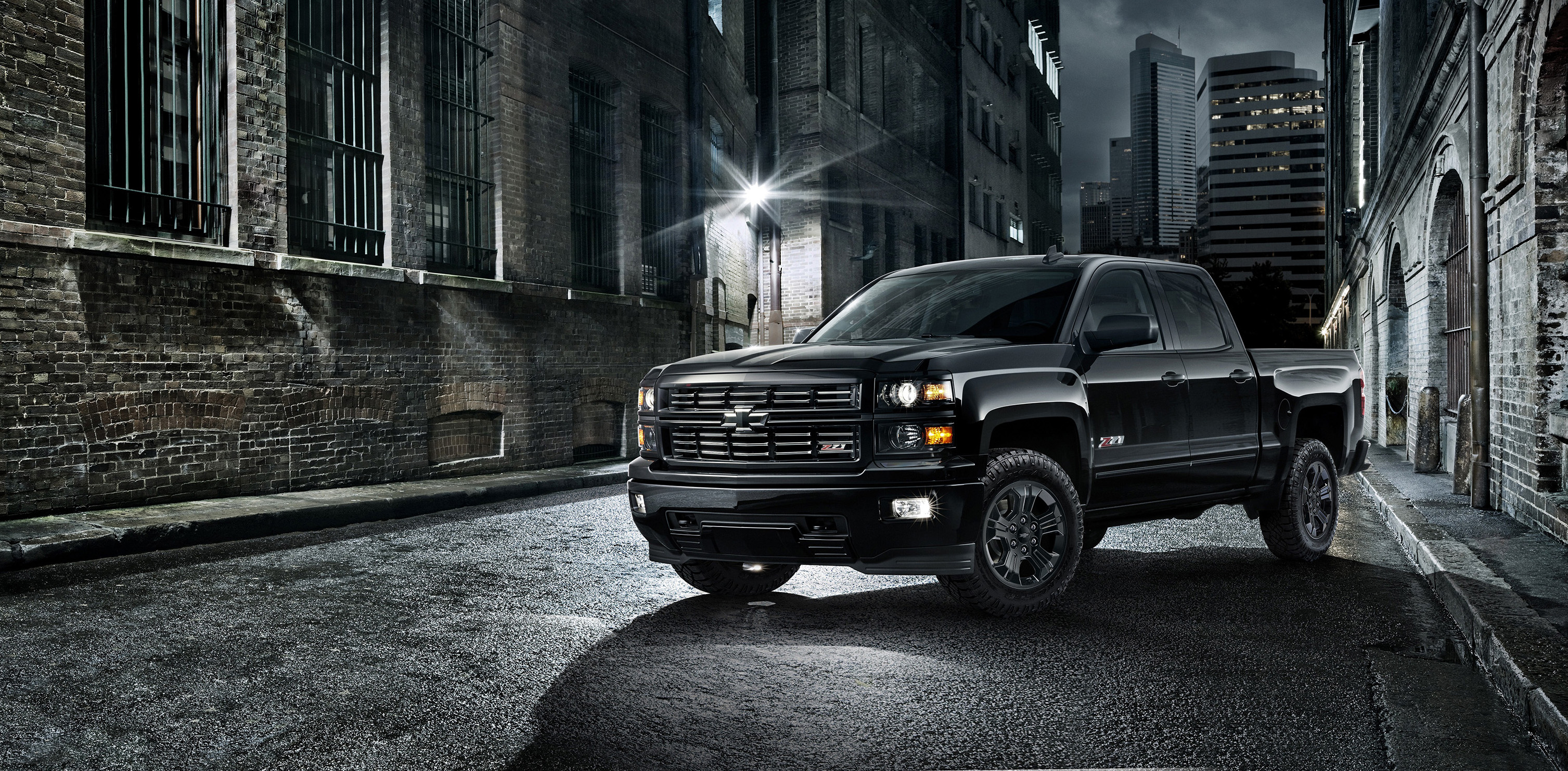 2015 chevy silverado midnight edition is the new black. Black Bedroom Furniture Sets. Home Design Ideas